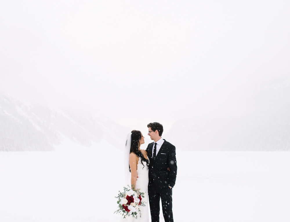 023-lake_louise_elopement.jpg