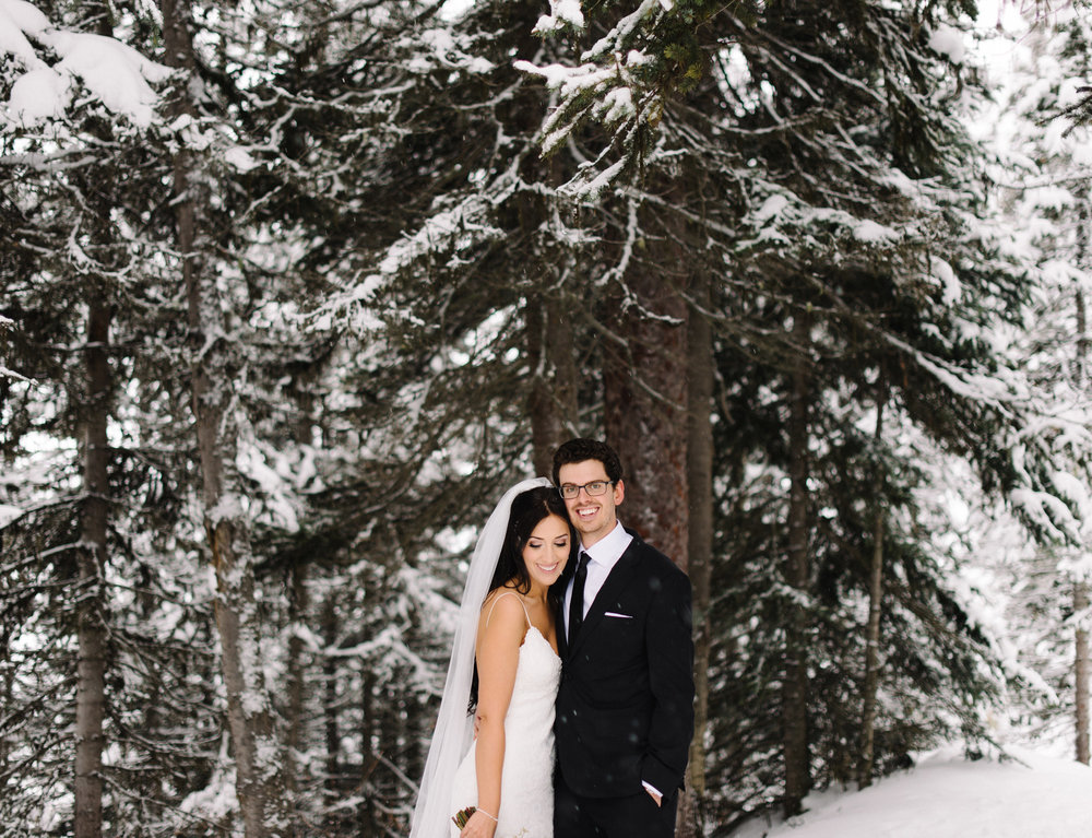 028-lake_louise_elopement.jpg