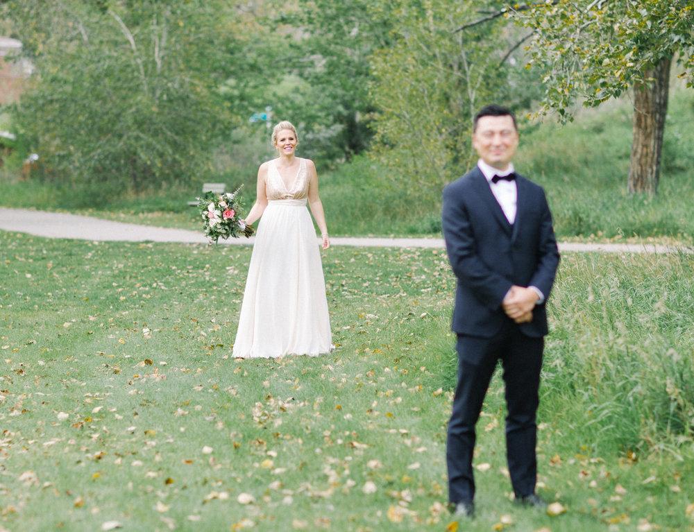 010-CalgaryWeddingPhotographers.jpg