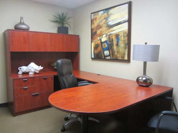 Furnished and Unfirnished Offices Available