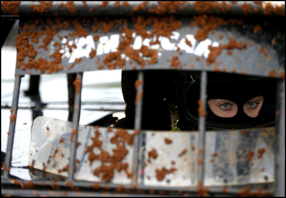tWEB_Racecar_driver0327.jpg