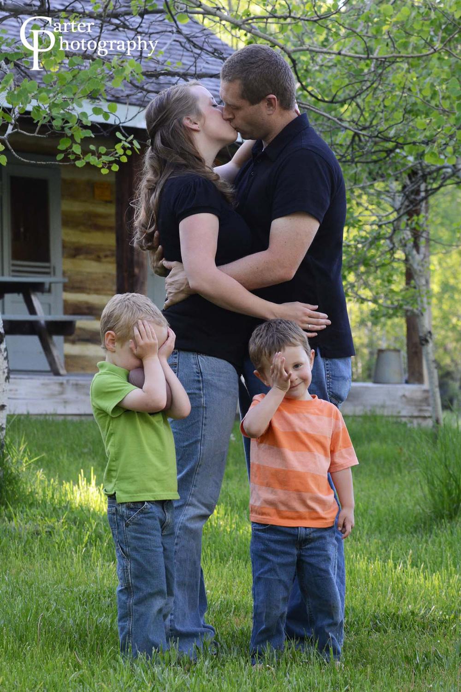 kissingcloseup.jpg