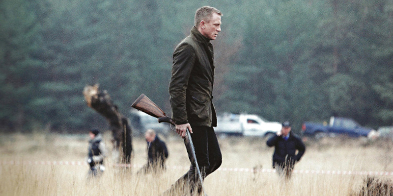 Daniel Craig as agent 007 in the movie Skyfall wearing the Barbour Commander Jacket. www.Barbour.com