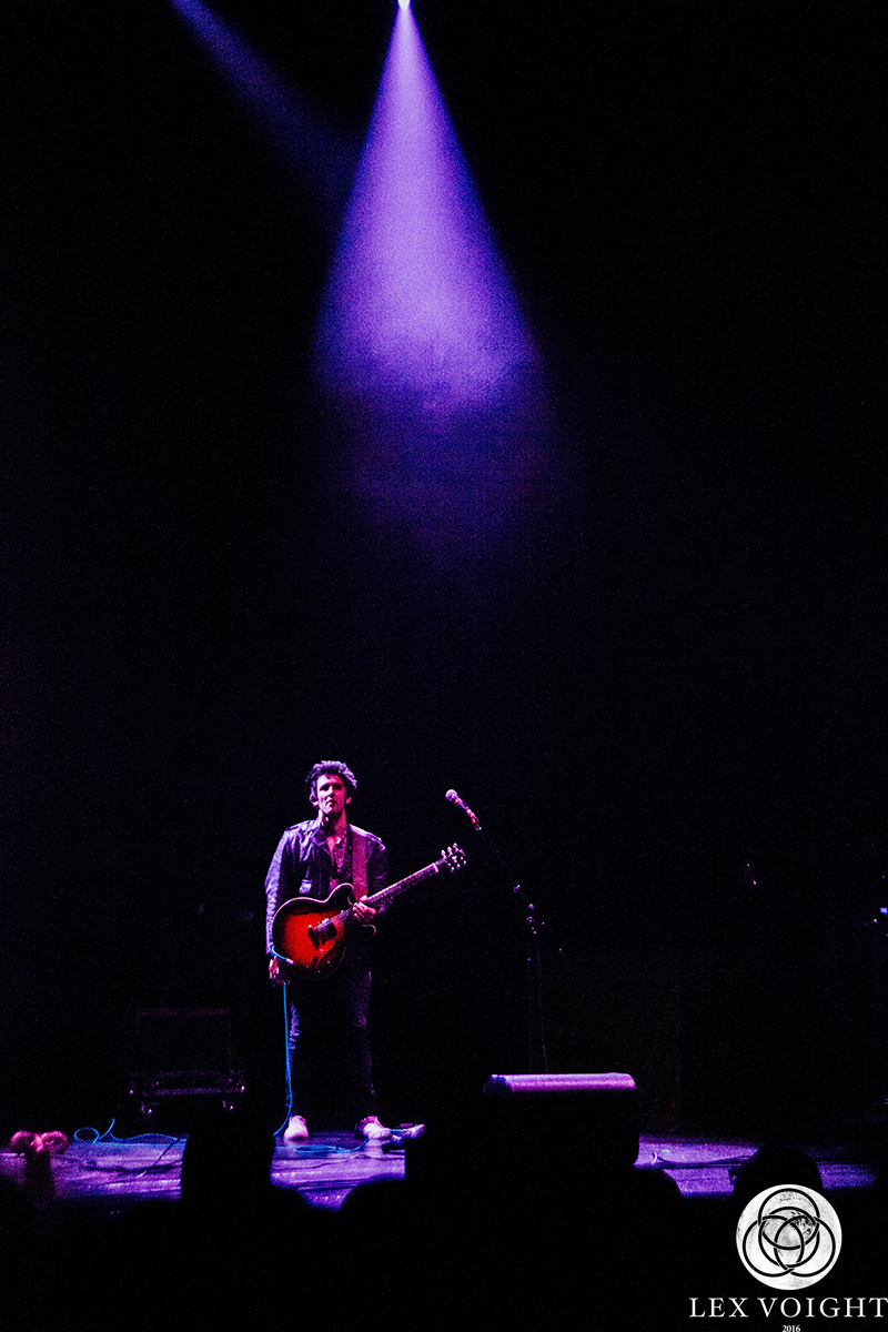 LeonBridges_TheWiltern_LexVoight-5 copy.jpg