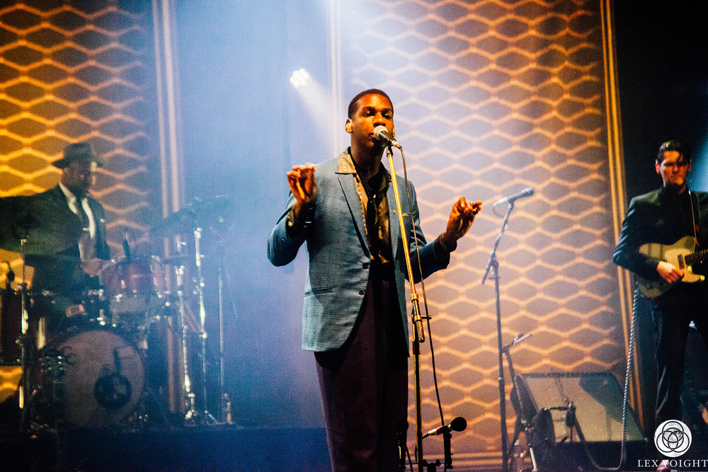 LeonBridges_TheWiltern_LexVoight-11 copy.jpg
