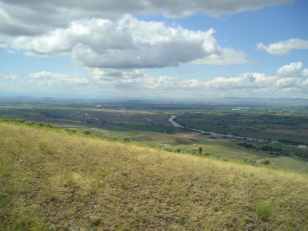 yakima valley view 3.jpg