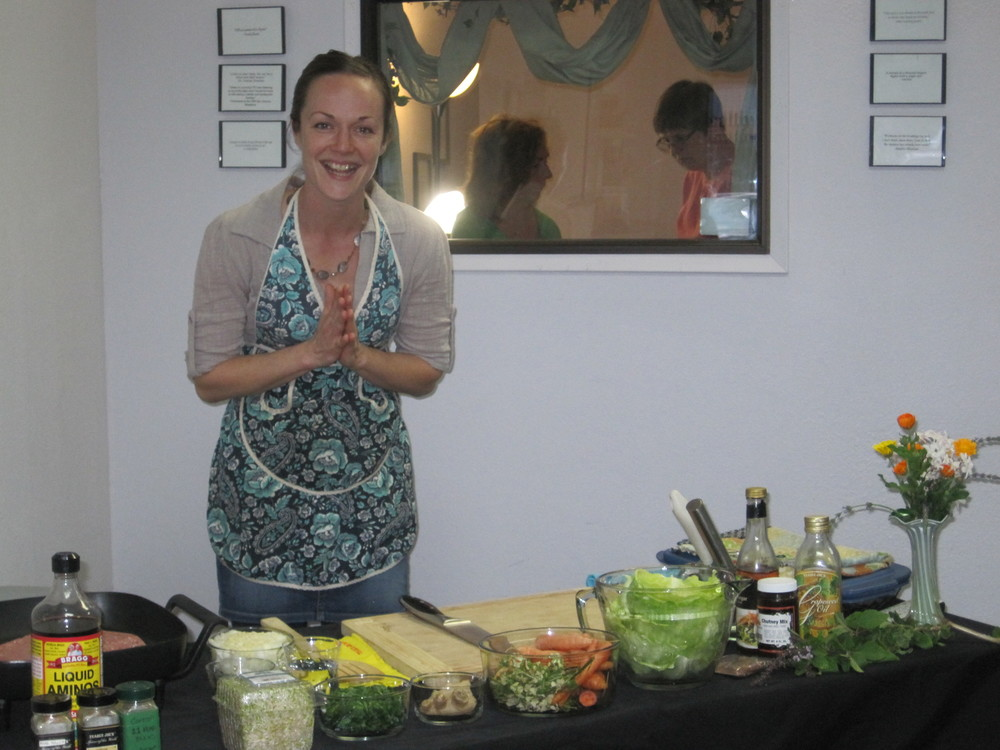 It's that time again!  The Healthy Inspirations' Feast is this Thursday March 20th at 5:30 pm.  Find new recipes that delight your taste buds and help you on your weight loss journey.  We have a special couple demonstrating their recipe-Kim and Nathan Love!  Kim joined us at Healthy Inspirations a couple weeks ago and it was so exciting listening to her talk about her pre-school and the menus she is introducing to the children.  Asked her if she would share some of her recipes and found out her husband is a great cook as well and they are cooking as a team this Thursday.  Don;t forget to bring a friend and share the fun!    This weekend don't forget to take some time Saturday or Sunday to visit the Health and Fitness Expo at the Madonna Expo Center!  Please come by the Healthy Inspirations' Booth and say hi!