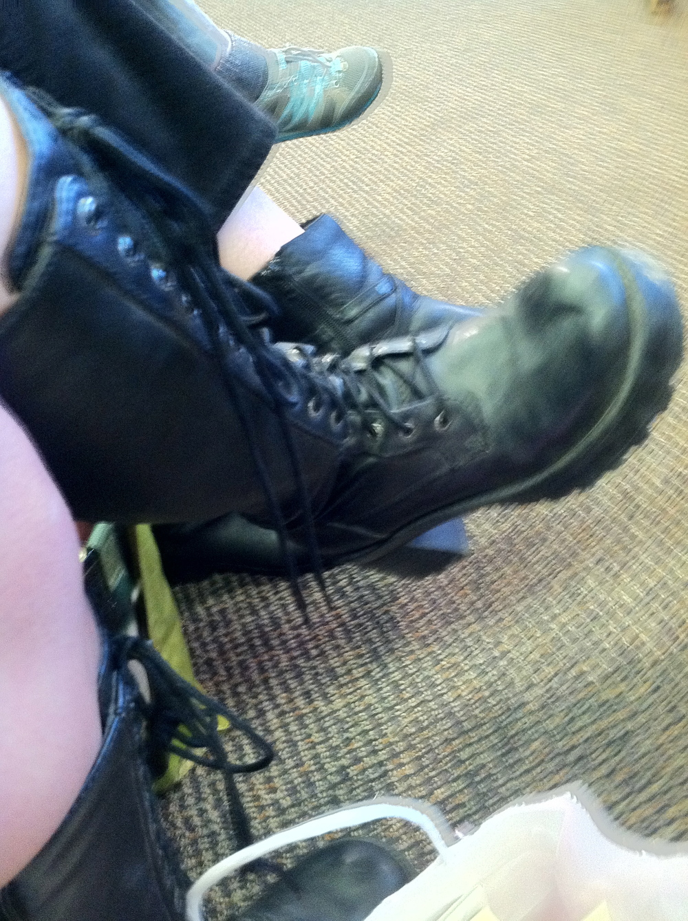 Shoe watch - Laura's boots!