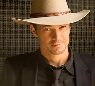 Timothy Olyphant as Raylan Givens - Smirking