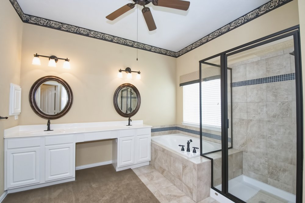 Pebble Banks - 21 Master Bath A.jpg