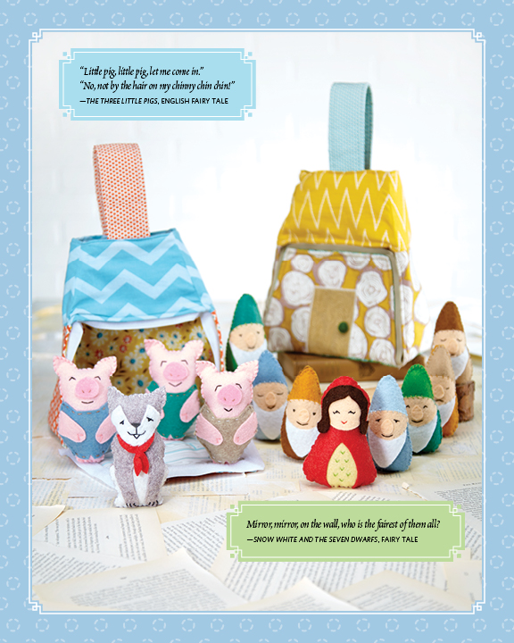 Three little Pigs and Snow White Play Totes