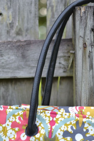 Making Faux-Leather Bag Handles — SewCanShe | Free Sewing Patterns ...