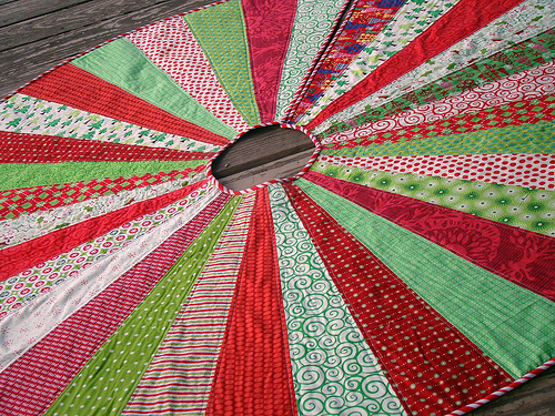 Festive Christmas Tree Skirt from Sew Crafty Jess