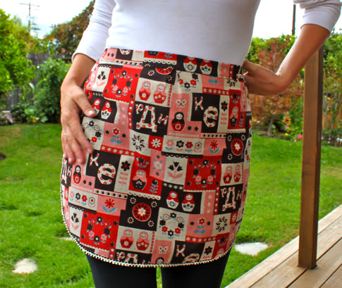 Pretty Prudent Fat Quarter Apron Tutorial