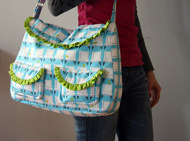 The Frou Frou Bag from Sew Sweetness