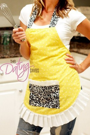 Flirty Apron Tutorial from The Dating Divas