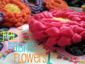 Felt flower tutorial by Sew Very