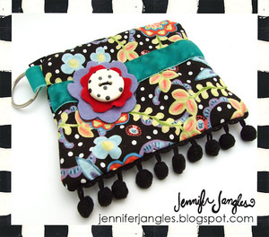Zipper Pouch Tutorial by Jennifer Jangles