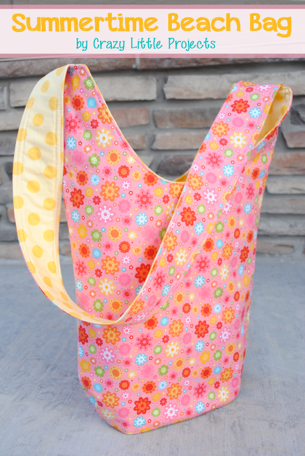 Summertime Beach Bag by Crazy Little Projects