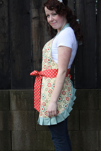 The Nae Nae Apron from Craftiness is Not Optional