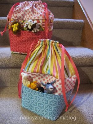 Kids Activity Bag Free Sewing Pattern from Nancy Zieman