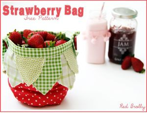 Strawberry Bag Free sewing pattern from Red Brolly