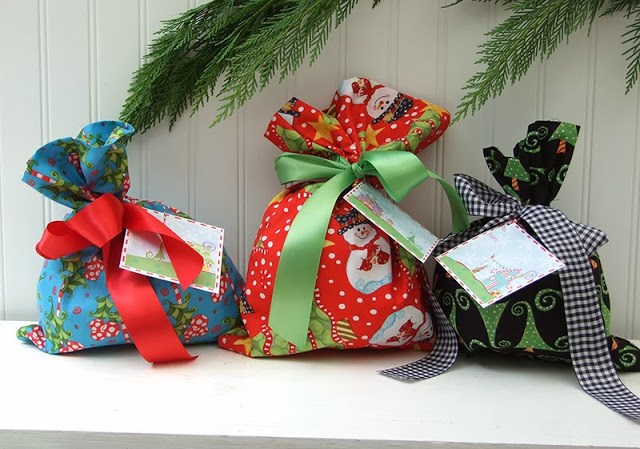 Fat Quarter Square Gift Bags From Jennifer Jangles