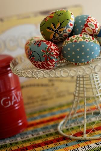 Traditional Fabric Easter Eggs from Retro Mama