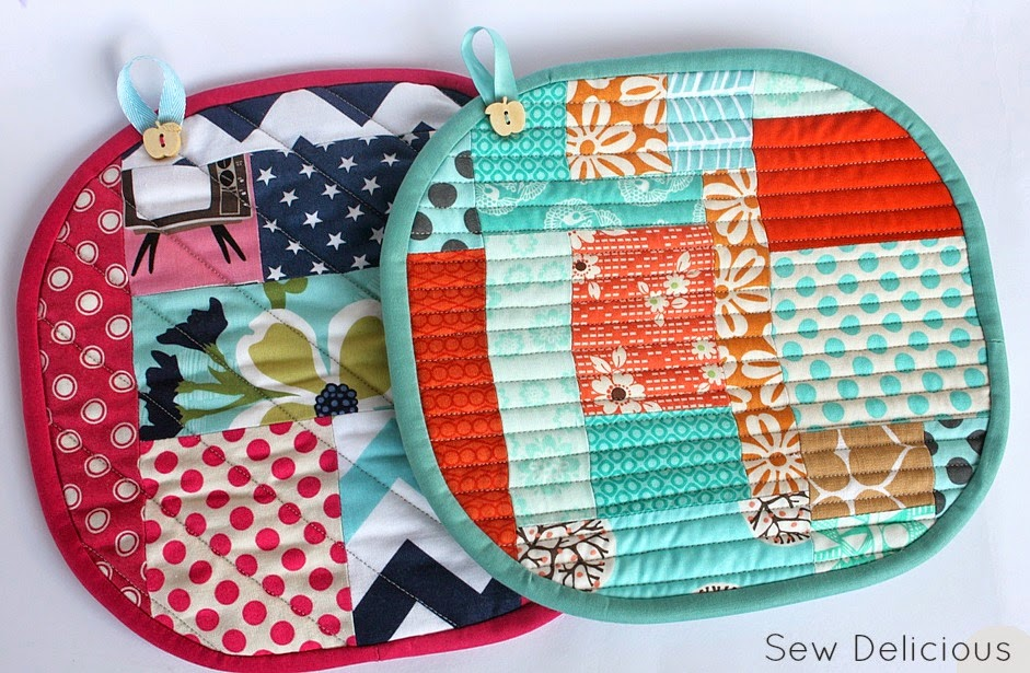 Scrappy Pot Holders  Tutorial from Sew Delicious