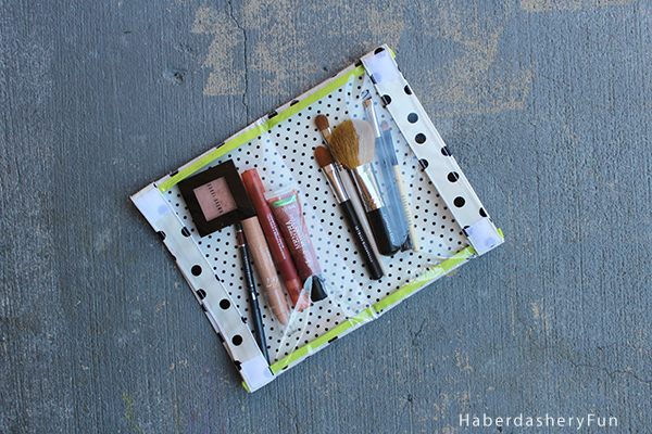 DIY.. DOUBLE SIDED VINYL POUCH from haberdasheryfun