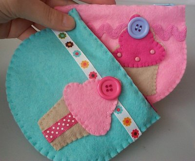 felt cupcake zip case from paper-and-string