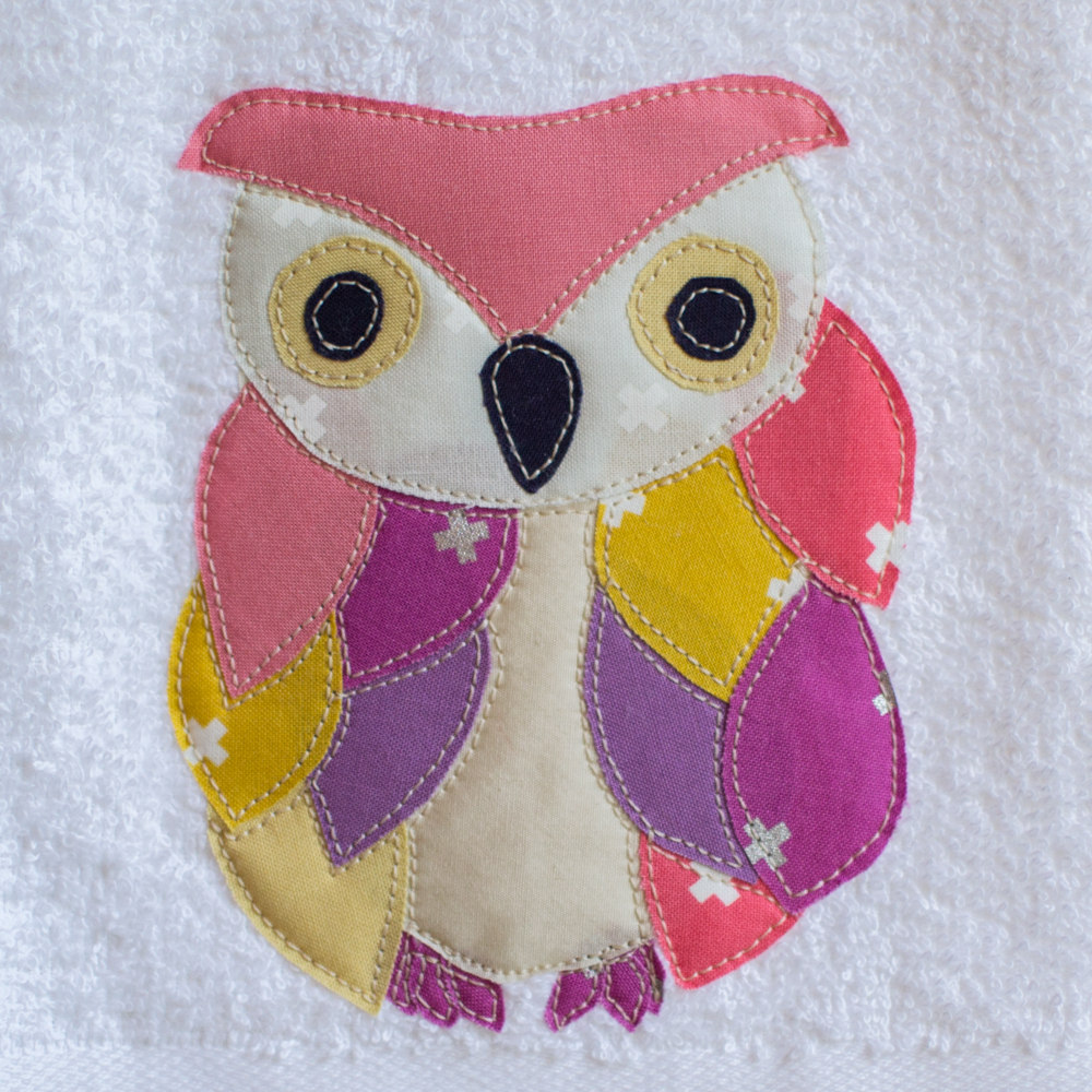 Applique Of The Month: The Ruffled Feathers Owl