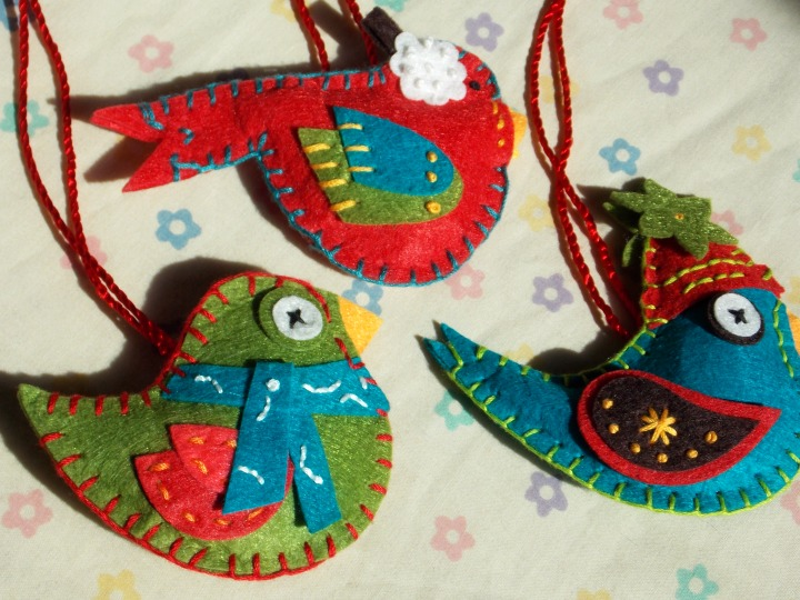 Friday Spotlight: Julie\'s Hand Sewn Christmas Ornaments — SewCanShe ...