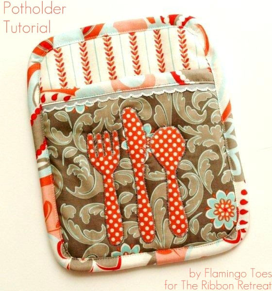 Let's Eat Potholder Tutorial from The Ribbon Retreat