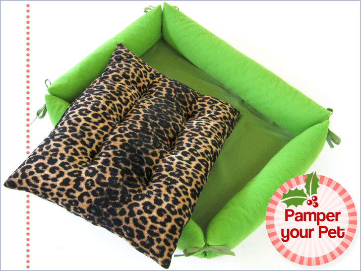 Comfy Pet Bed with Bolster Sides from Sew 4 Home