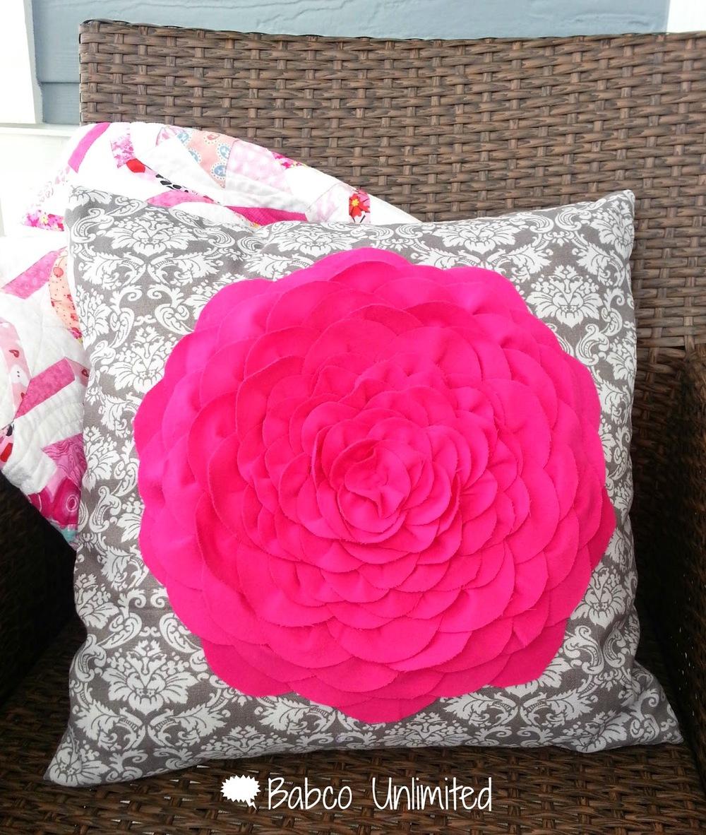 Pillow - Flower 06.jpg
