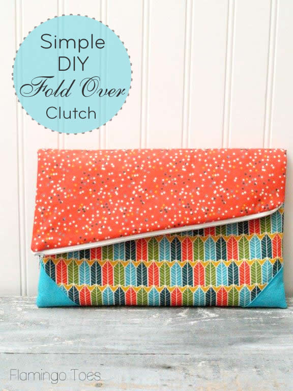 SIMPLE DIY FOLD OVER CLUTCH from Flamingo Toes