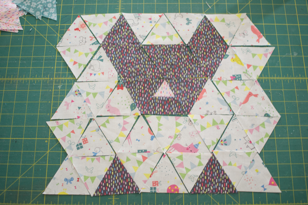 Quilting UnPlugged: Design Your Own Triangle Quilt! {tips & tricks} SewCanShe Free Sewing ...