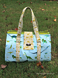 Moore-Approved-Swoon-Patterns-Nora-Doctor-Bag-Alison-Glass-Sun-Print-Lizzy-House-Natural-History-Fabric-front (1).jpg