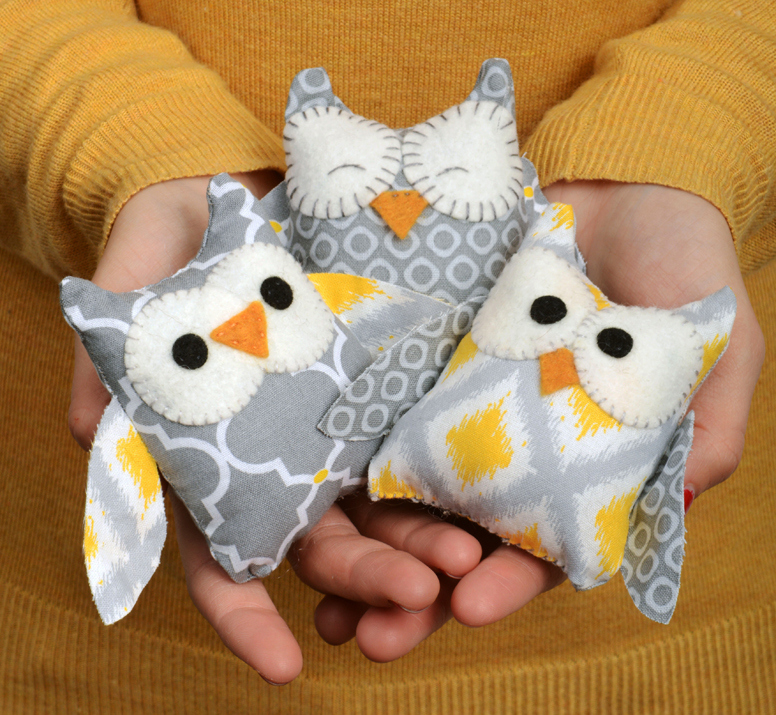 NOTE: These little cuties require the purchase of a fabric die pattern cutter.