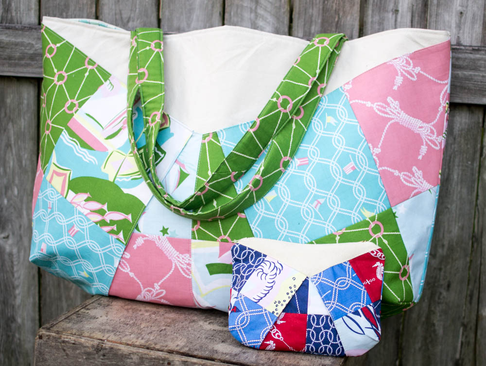A bag and a pouch from the same pattern!