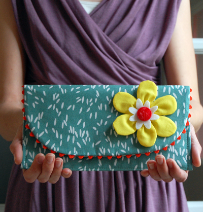 Ric Rac Clutch from Jennifer Ladd from Sew Mama Sew