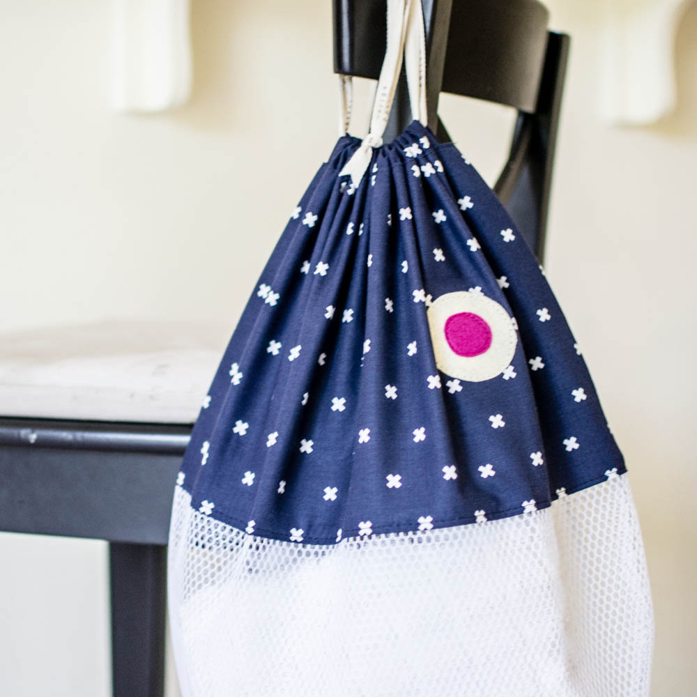 Diy fish beach bags or laundry bags free pattern sewcanshe diy fish beach bags or laundry bags free pattern sewcanshe free sewing patterns for beginners jeuxipadfo Image collections