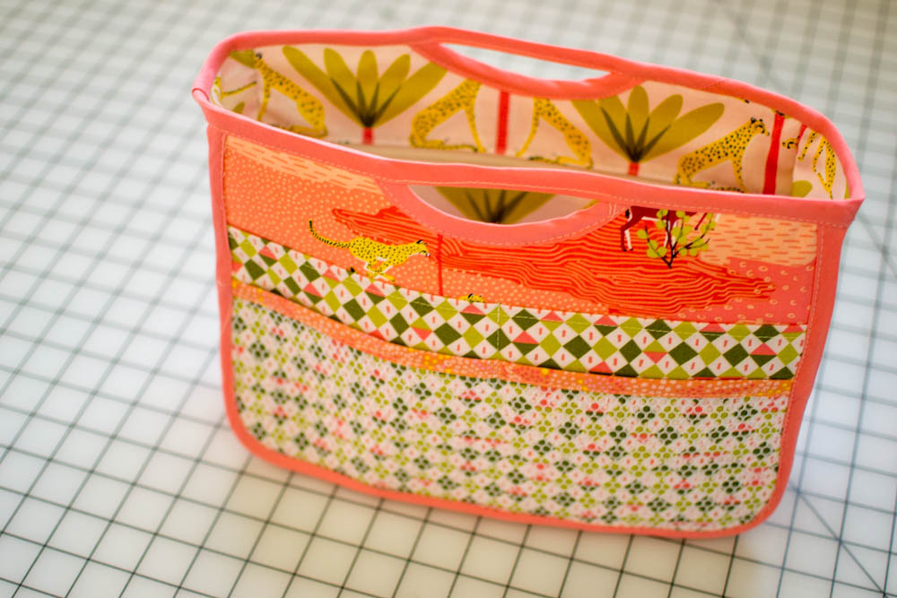 Handy purse organizer free sewing pattern sewcanshe free so here is the tutorial for our handy purse organizer that you voted for me to make i am completely convinced that the diy version is much better than what solutioingenieria Choice Image