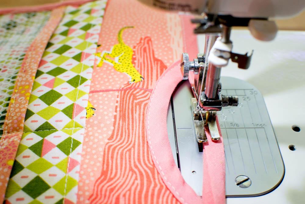 81df9c639 Handy Purse Organizer  free sewing pattern  — SewCanShe