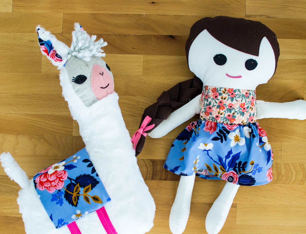 Sewing the Lulu Llama Pattern from Gingercake {+ a giveaway ...