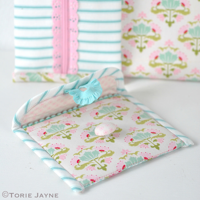 PRETTY COIN PURSE SEWING TUTORIAL from Torie Jayne