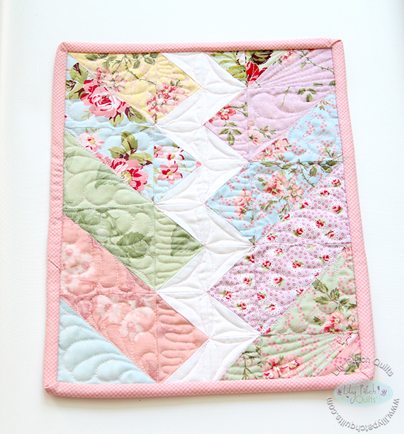Friday Spotlight: Kim s Gorgeous Bolt Mini Quilt! SewCanShe Free Daily Sewing Tutorials