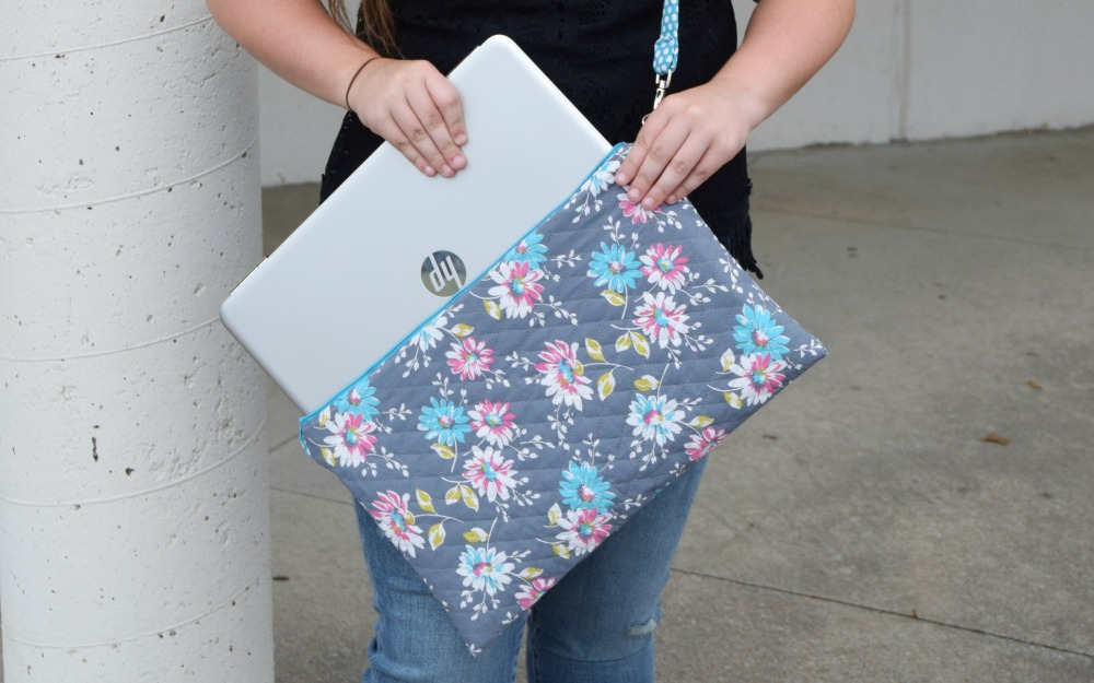 DIY LAPTOP BAG from the Tip Toe Fairy