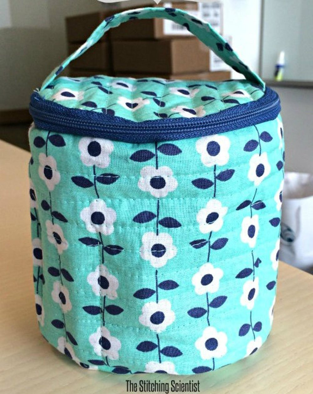 Circle Makeup Pouch with Pockets